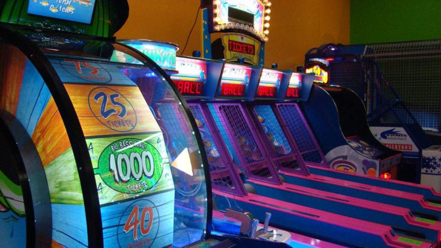 AirMaxx_Web_0000_arcade-fun-wheel-skiball