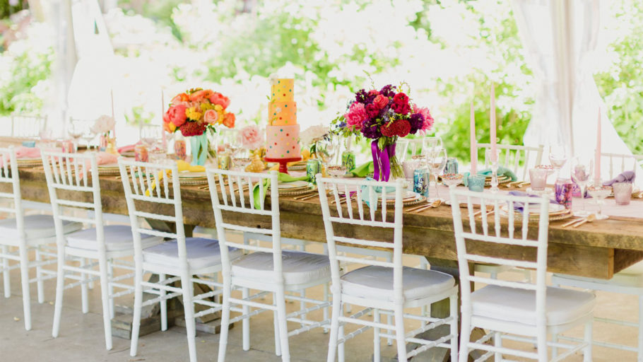 Ultimate-Events-table-set-cake