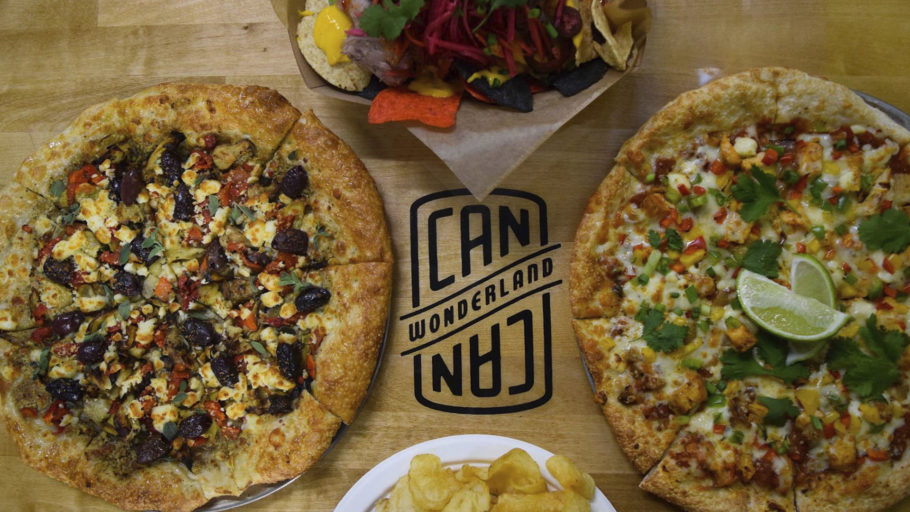 Can Can Wonderland Vendor_0000s_0000_Pizzas