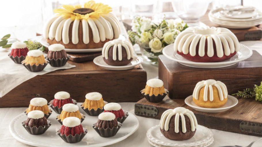 Nothing bundt cakes_0000s_0006_Bundt Cake Family - Kim Cassens