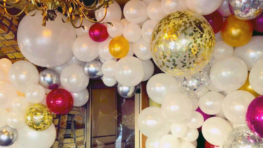 The Corner Balloon_0000_Organic Varsity - Kristin Traynor